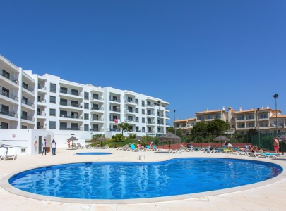 1 Bedroom Apartment in Vistas das Ondas in Olhos d'Agua