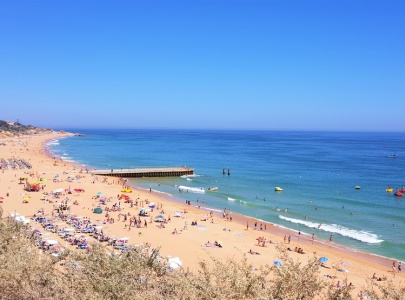 2 bed apartment with pool view, Old Town Albufeira