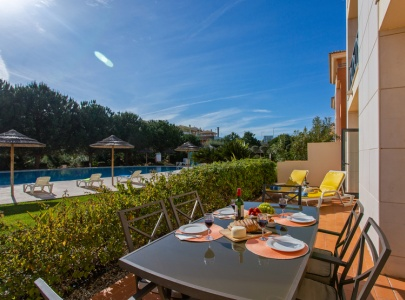 *NEW* Large Poolside Apartment, Corcovada, Albufeira