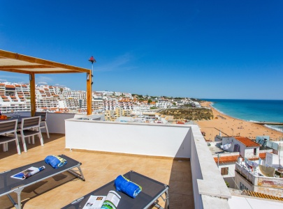 *NEW* Luxury 3 bed house with sea views in Albufeira Old Town