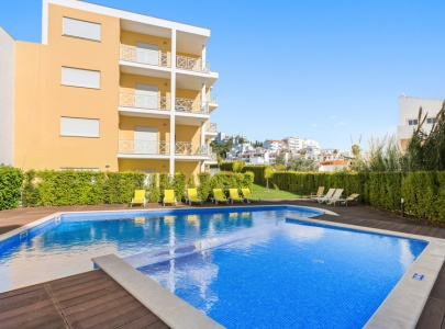 *NEW* Superb Apartment in Old Town, Albufeira, with Pool
