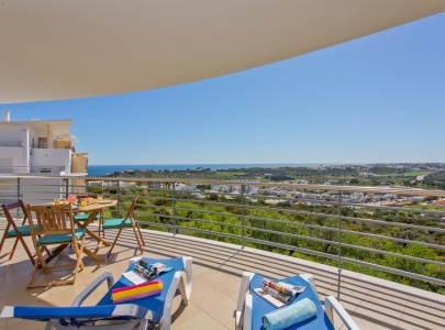 Superb Apartment Panoramic Sea Views, Old Town, Albufeira