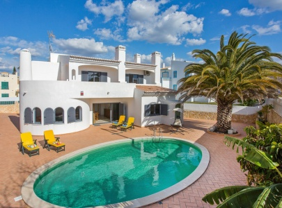 Superb villa with pool, Galé, Albufeira